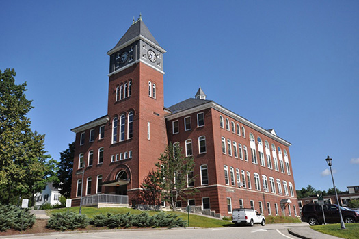 Plymouth State University Rounds Hall